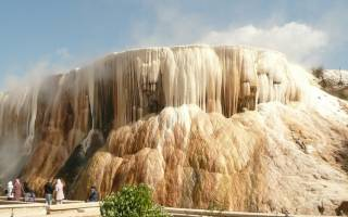Термальный источник Хаммам Мескутин, Алжир