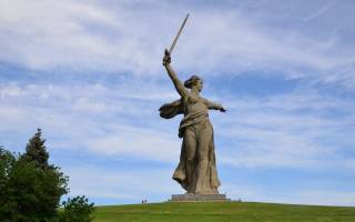 Какие памятники в россии вы знаете